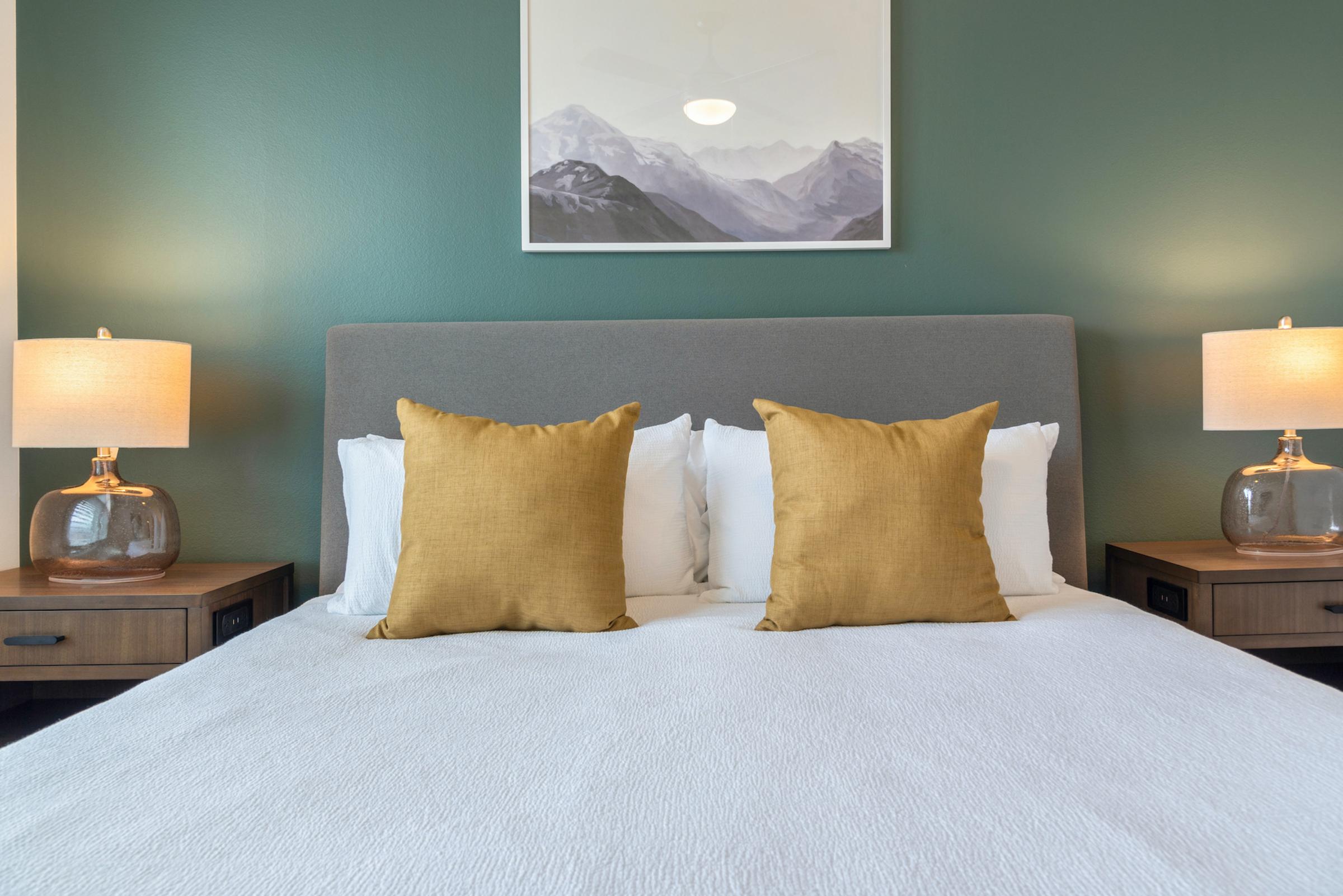 Regatta Apartments photo