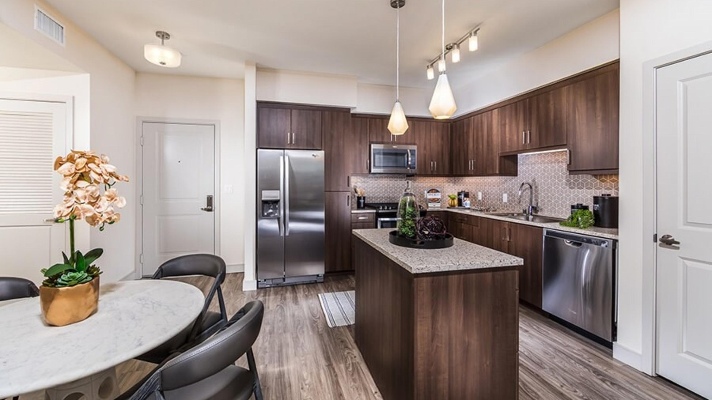 Rize Irvine Apartments rental