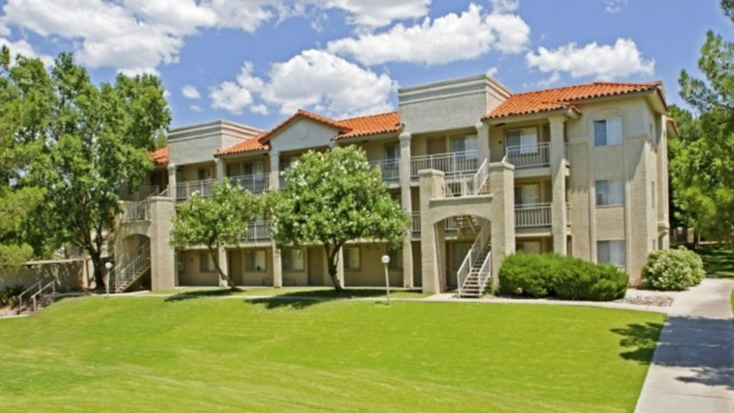 Hilands Apartment Homes