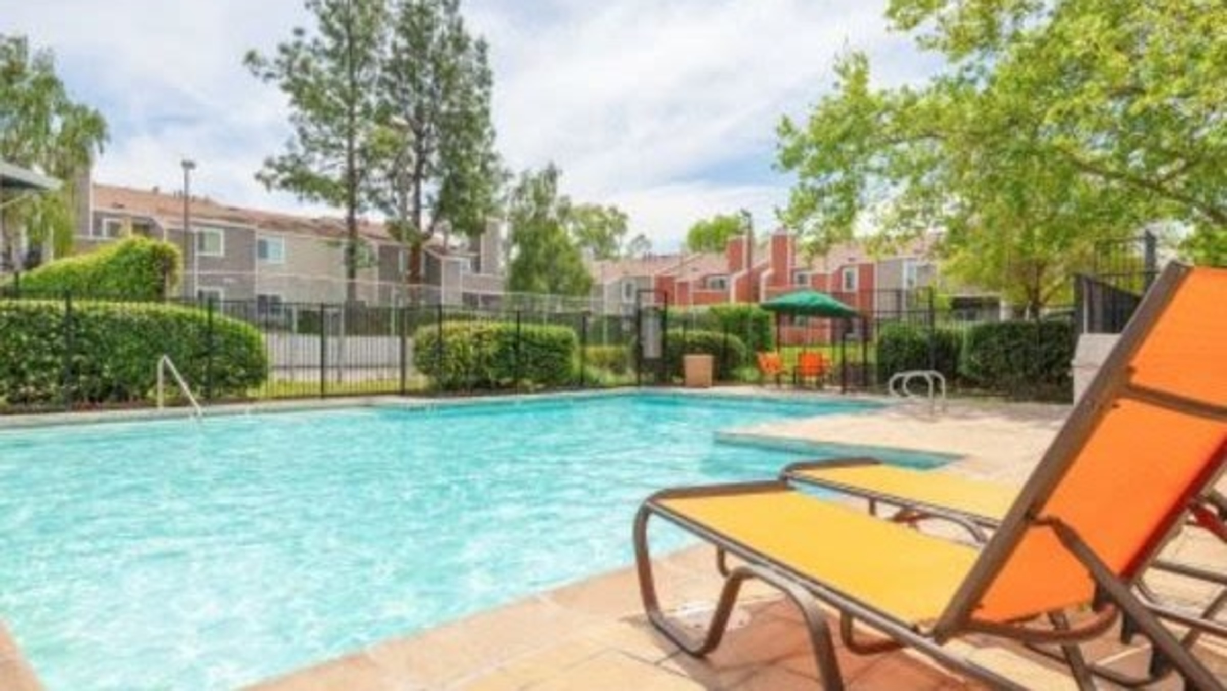 Landing Furnished Apartment Chesapeake Commons Apartments