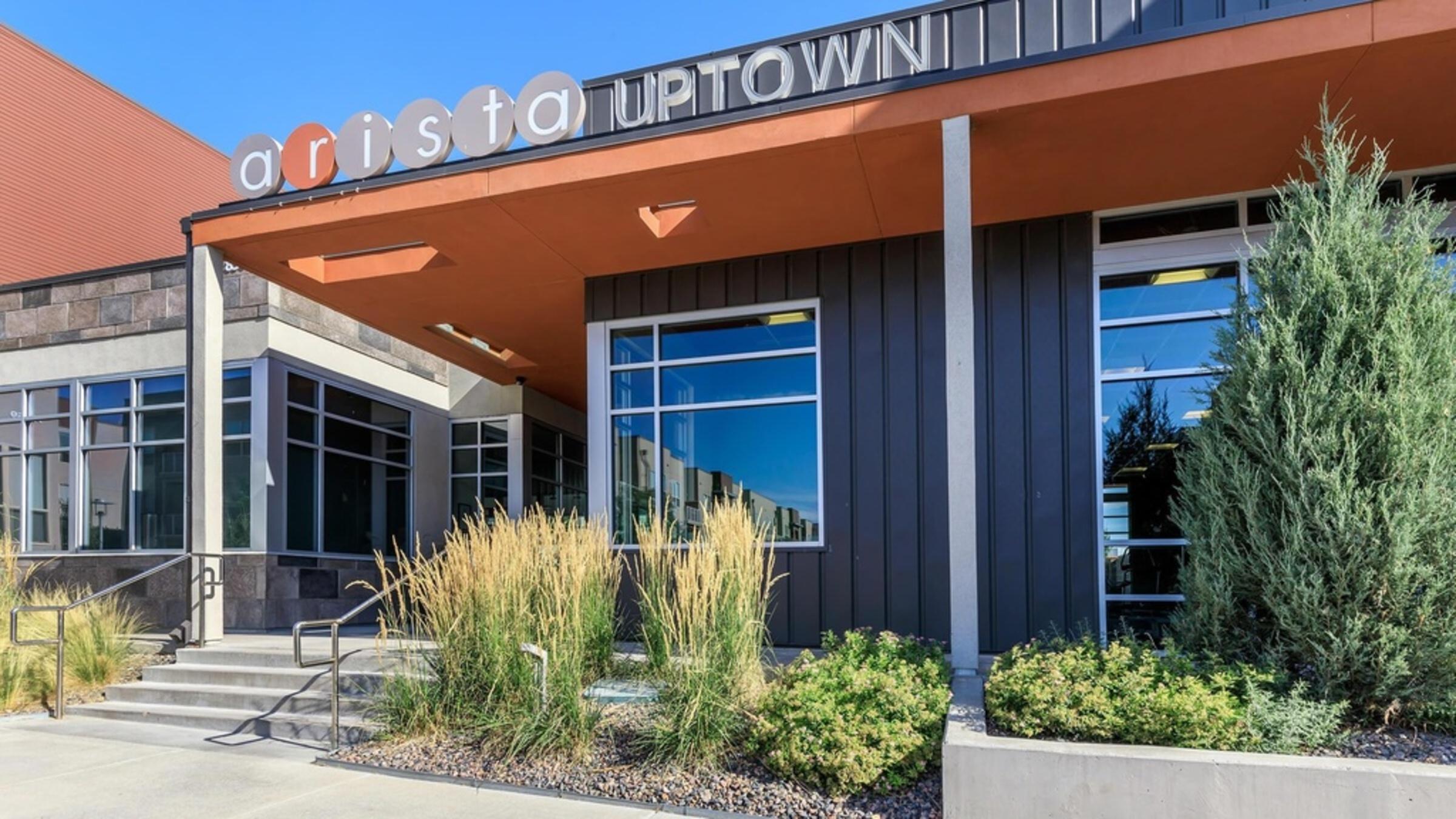 Arista Uptown 1-107