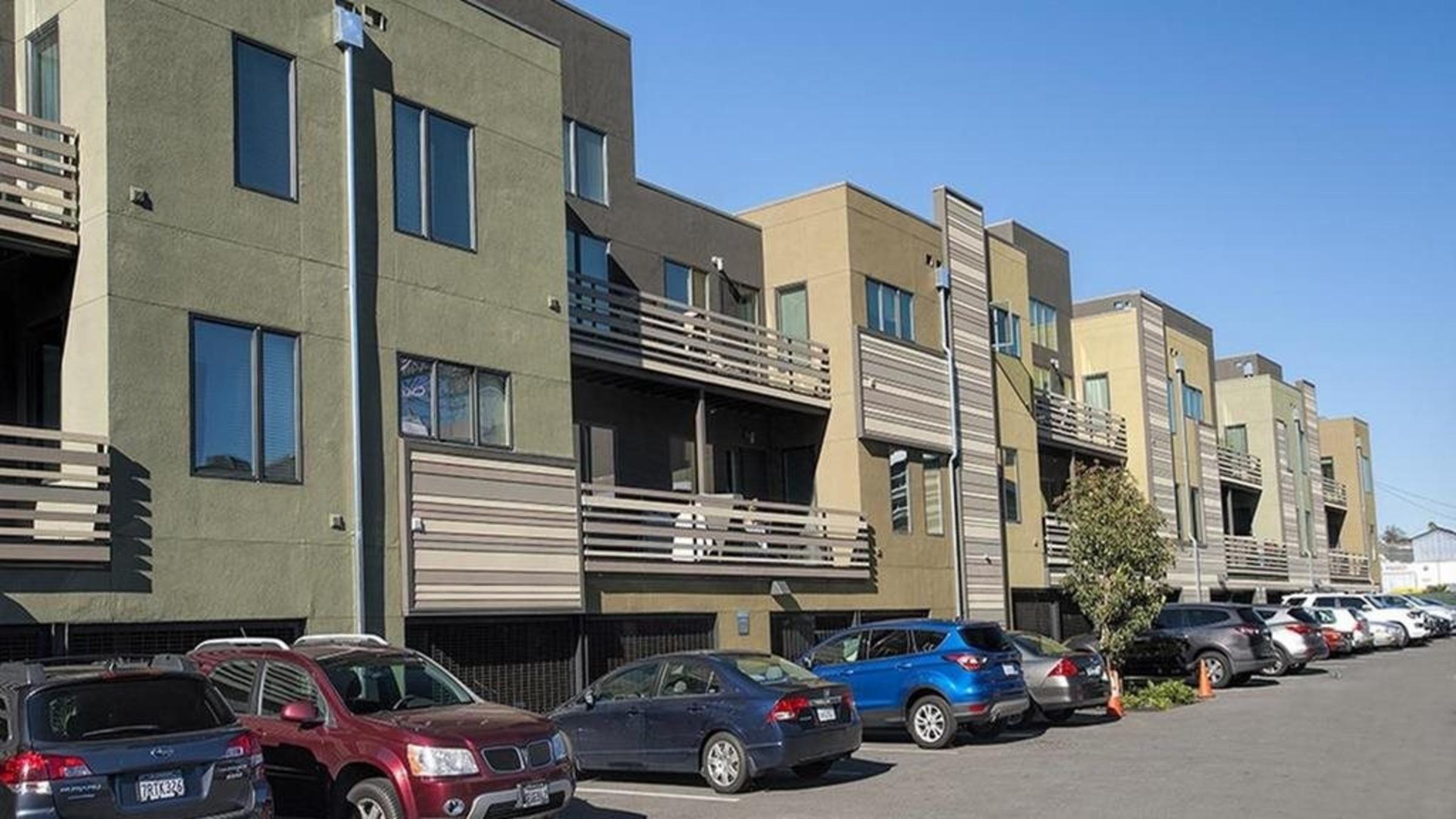 Landing Furnished Apartment Mason at Hive