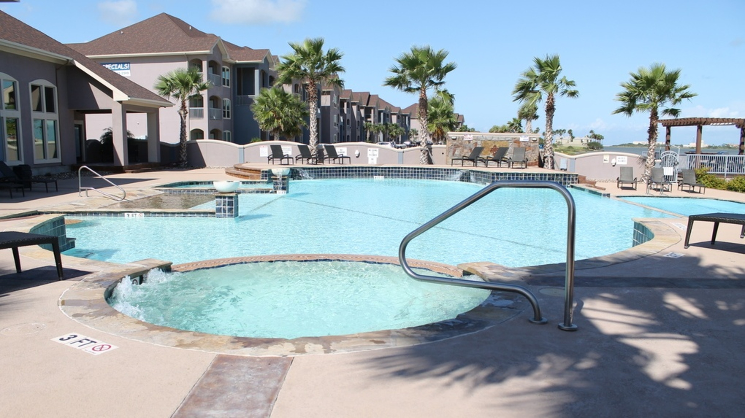 La Joya Bay Resort 714