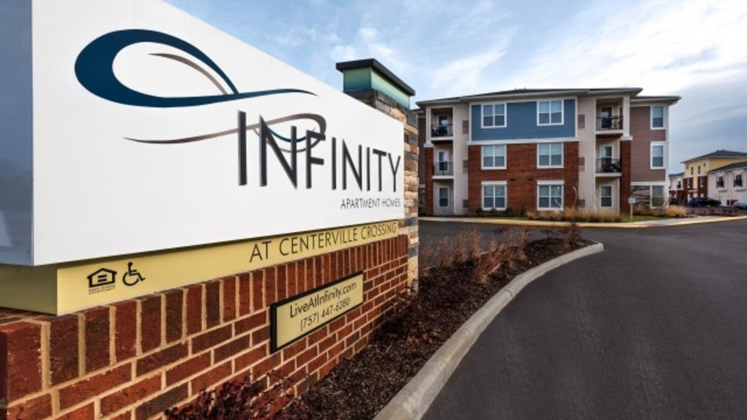 Landing Furnished Apartment Infinity at Centerville Crossing
