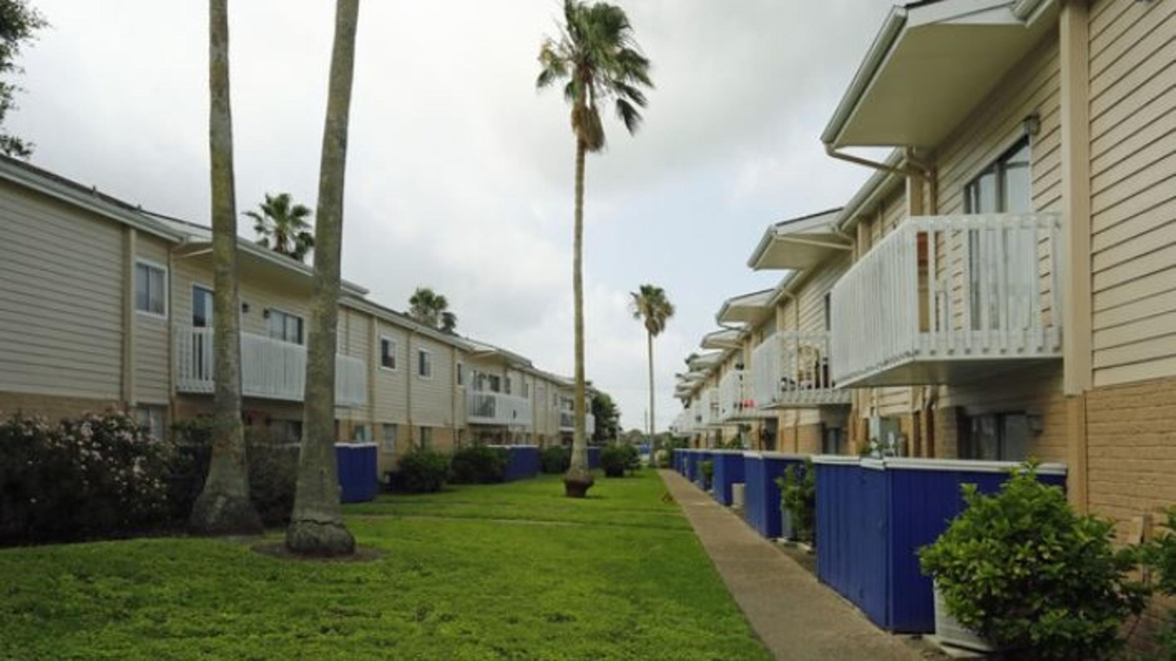 Landing Furnished Apartment Latitude Apartments