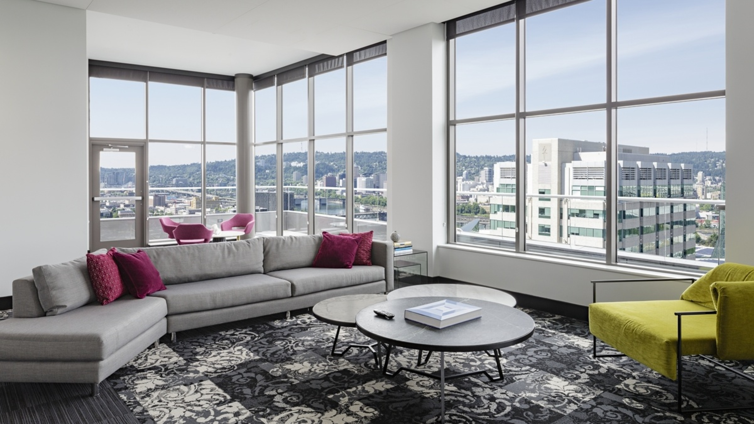 Landing Furnished Apartment Hassalo on Eighth - Aster Tower