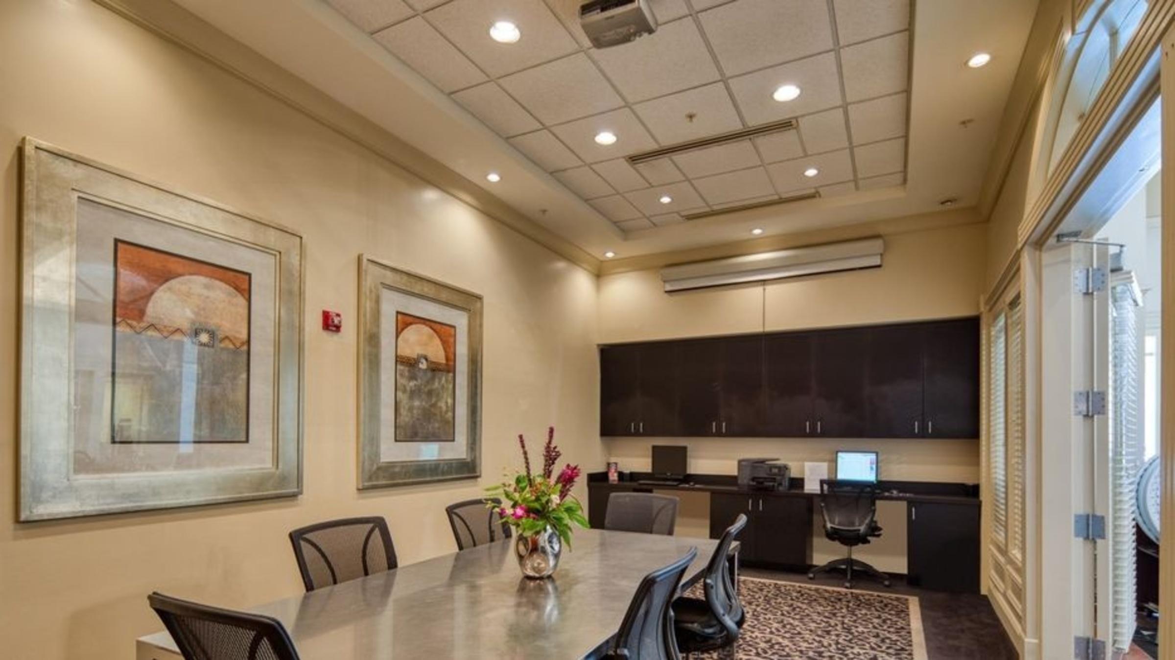 Premier Apartments 608