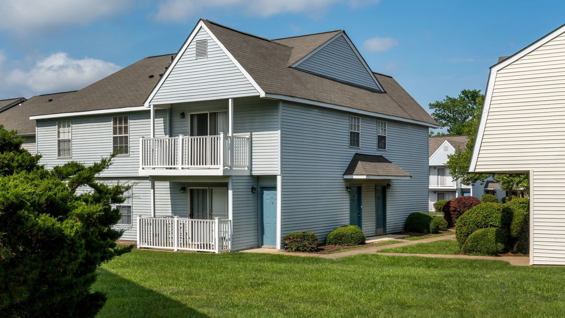 Landing Furnished Apartment Lakefield Mews Apartments