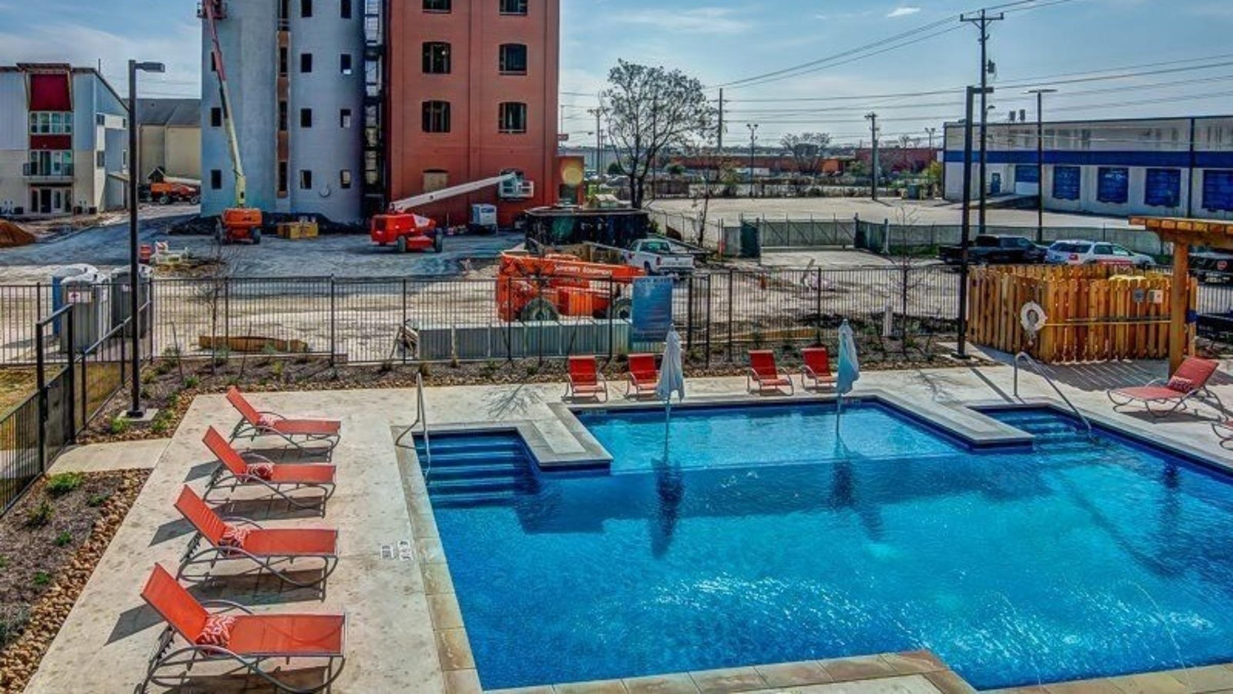 Peanut Factory Lofts 4203