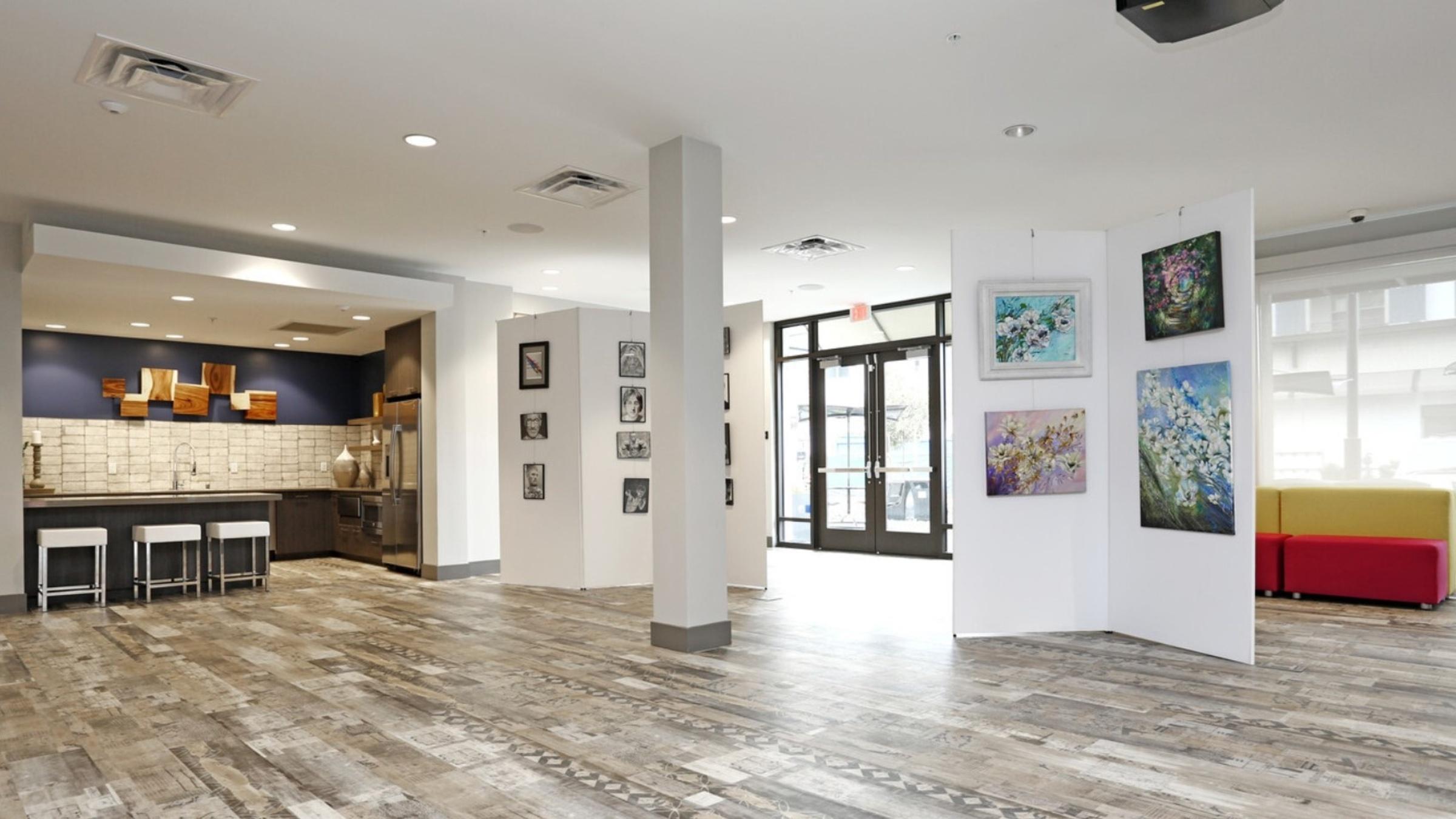 Landing Furnished Apartment Artist Walk