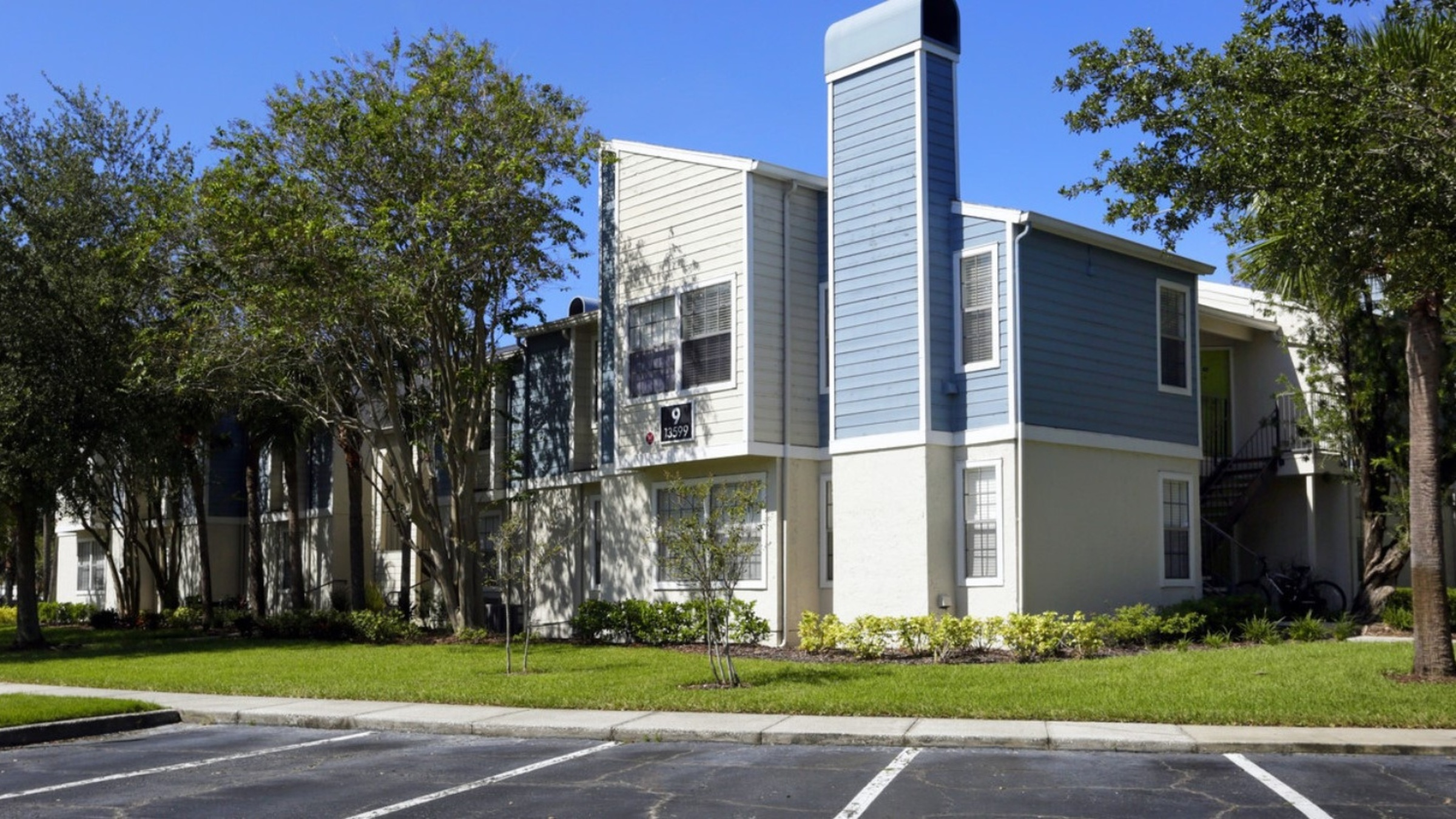 Landing Furnished Apartment Fairways at Feather Sound