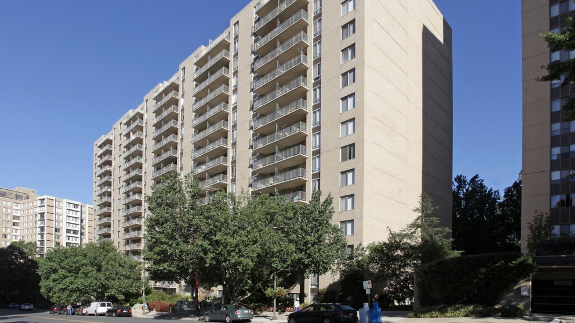 North Park Apartments 1083