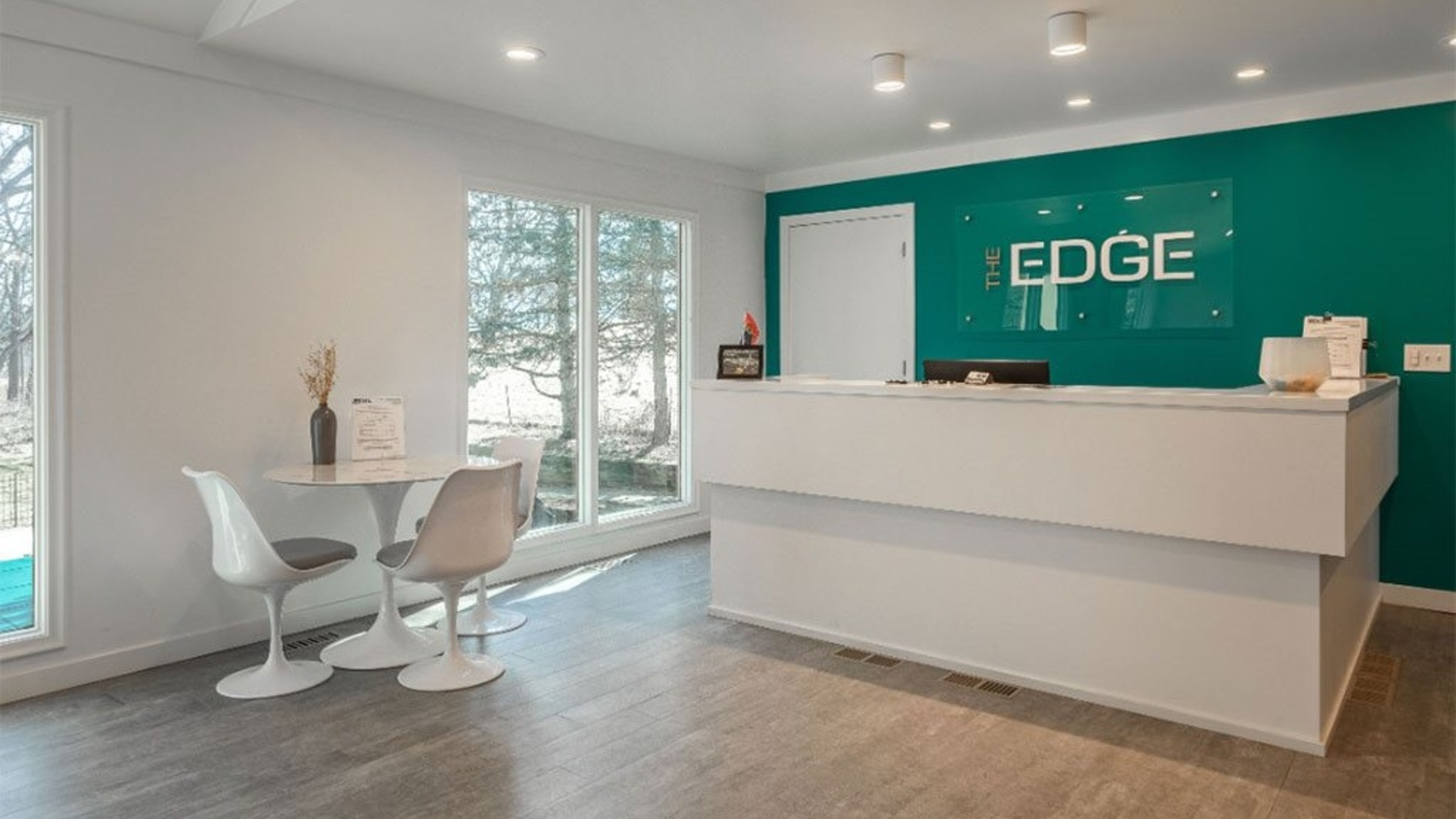 Landing Furnished Apartment The Edge at Oakland